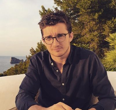 Caspar Jopling Bio, Wiki, Net Worth, Girlfriend, Married, Wife, Birthday